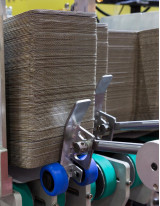 Corrugated Box Making Machine Market by End-user and Geography - Forecast and Analysis 2021-2025