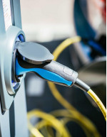 Electric Vehicle Charger Market by End-user, Type, and Geography - Forecast and Analysis 2020-2024